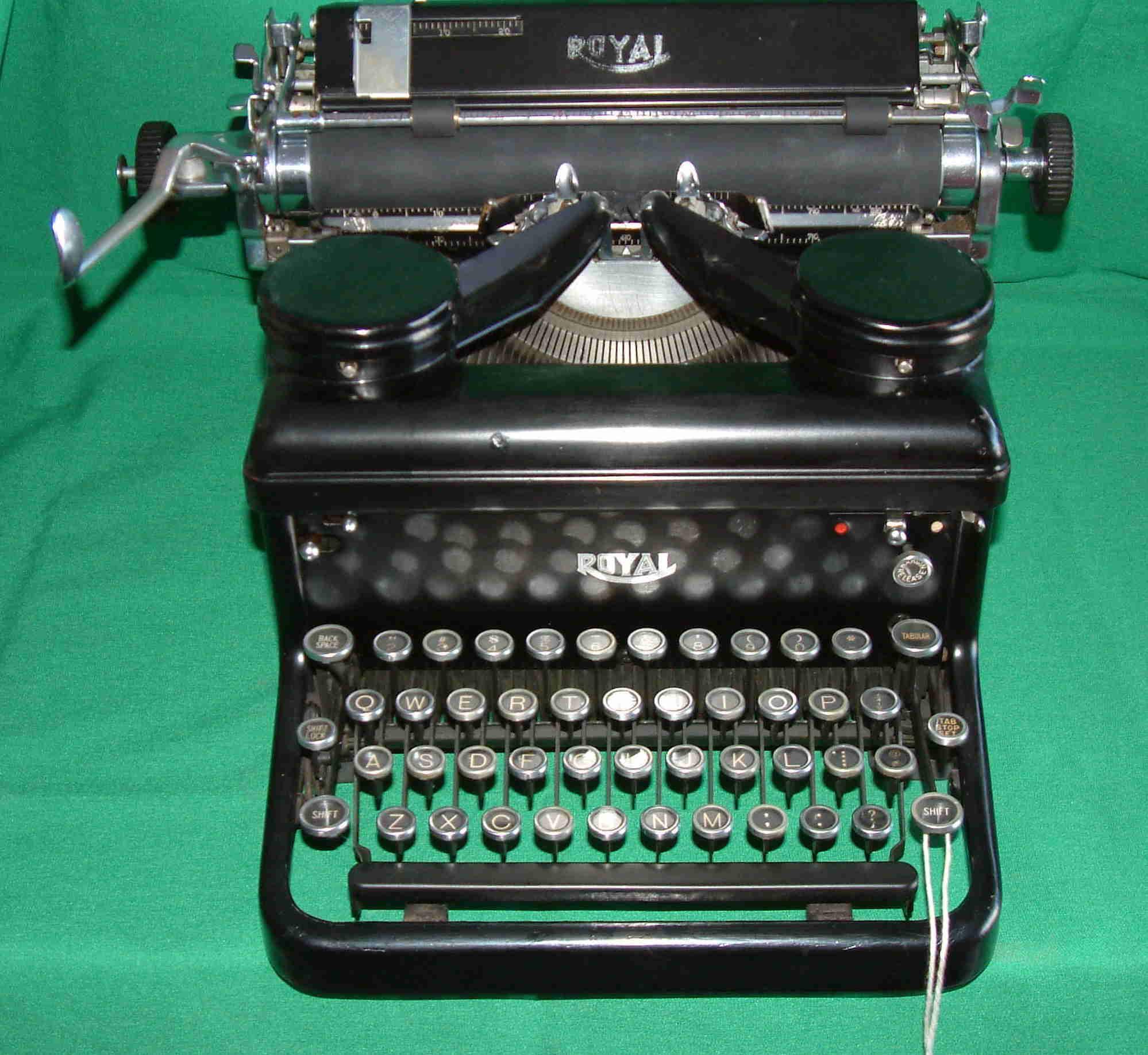restored royal model s circa 1934 rh debarth org godrej manual typewriter price godrej manual typewriter price